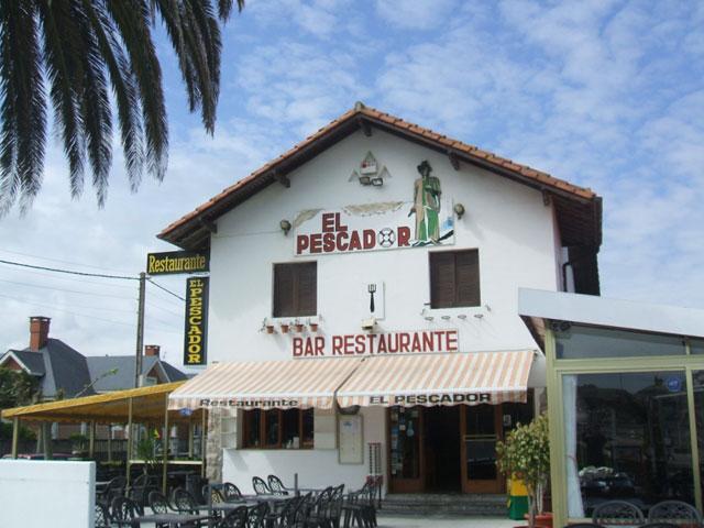 El Restaurante El Pescador junto a la playa de Laredo